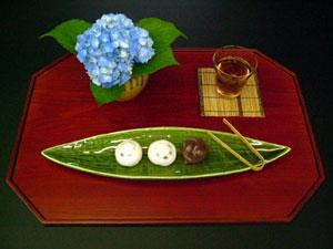 ミセス恵子の食卓提案/第4回「笹のお皿」